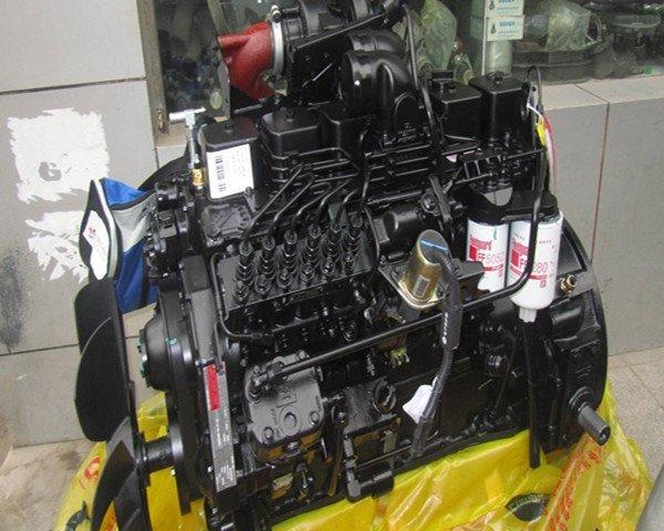 Фото 3. Запасные части и двигатели CUMMINS в наличии