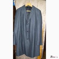 Продам мужское демисезонное пальто hugo boss 50-52 размера