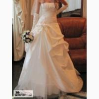 Свадебное платье Слитное, кремовое во Владивостоке