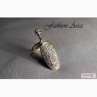 Кольцо на ноготь, украшенное кристаллами в Ростове-на-Дону
