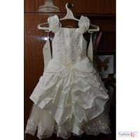 Продам бальное платье для девочки на выпускной в рост 115-125 см, объем 60-64 см, шнуровка