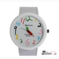 Яркие, красочные часы «Карандаши» в Хабаровске